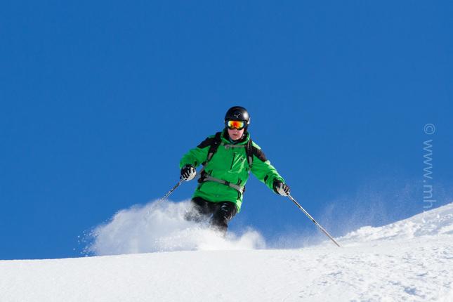 Meribel-Powder-Skiing-7.jpg