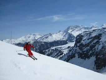 b2ap3_thumbnail_mh2-skiing.png